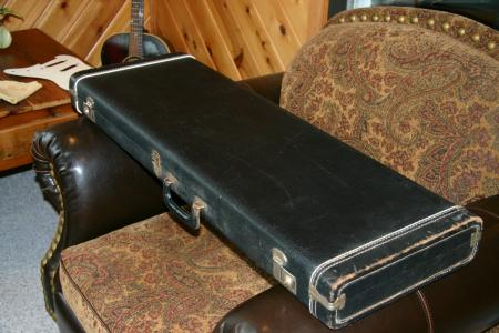 1964 pre cbs fender stratocaster vintage case. Black Bedroom Furniture Sets. Home Design Ideas