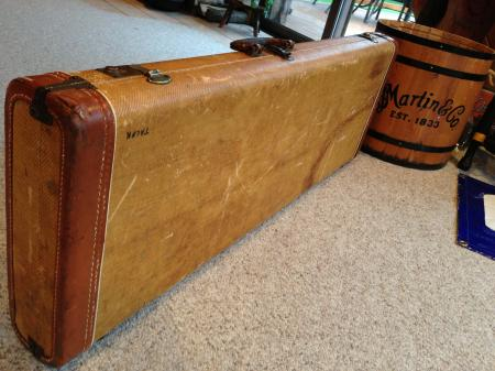 1958 ORIGINAL TWEED FENDER STRAT CASE  SOLID SHAPE