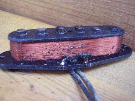 1956 ORIG HIGH D POLE FENDER STRAT NECK PICKUP