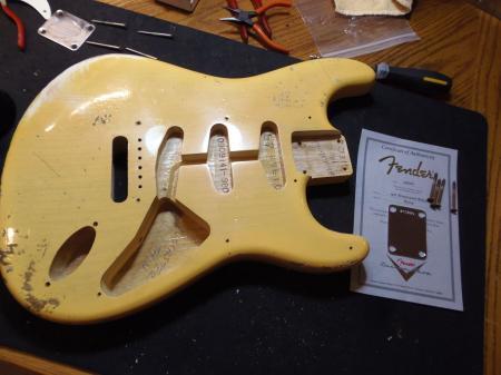 1957 2011 Fender Super Relic Strat Body Coa Plate NoCaster Blond