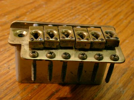 1961 FENDER STRATOCASTER VINTAGE BRIDGE WITH BRASS SADDLES