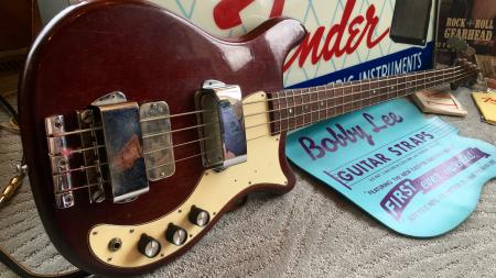 1966 Orig Epiphone Embassy Deluxe Bass The Outsiders 1966 Time Won't Let Me