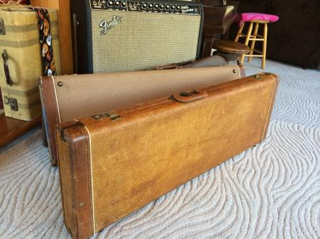 1959 orig tweed gold lined fender stratocaster case. Black Bedroom Furniture Sets. Home Design Ideas