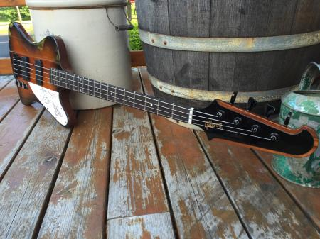 1994 NOS Gibson Thunderbird Bass Signed By NIKKI SIXX At Gibson Plant